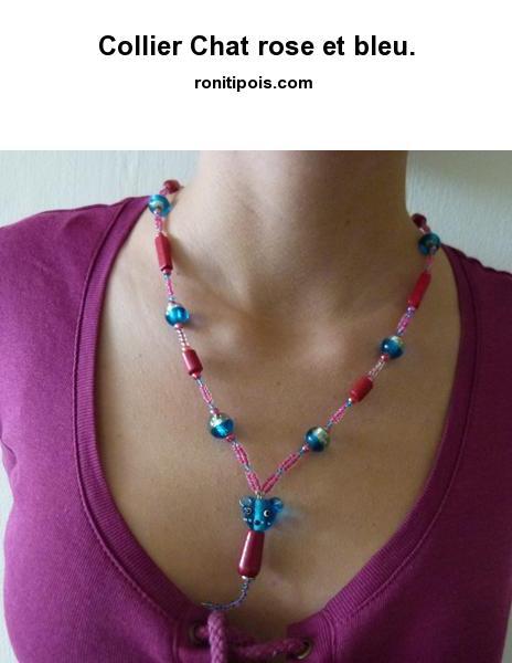 Collier de perles - motif central chat.